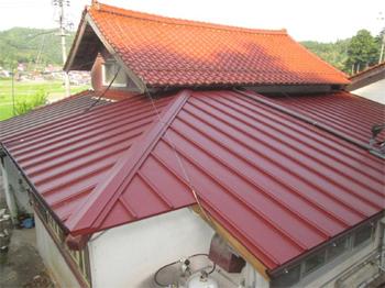 屋根塗装のご依頼でしたが屋根診断後GL屋根葦替え工事へ