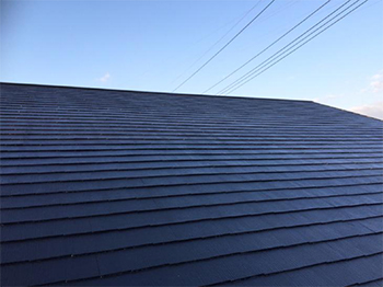 コロニアル(カラーベスト)屋根をシリコン塗装でガッチリ保護