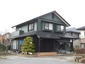 屋根外壁共に高耐久遮熱仕様で家屋敷を長~く保護いたします