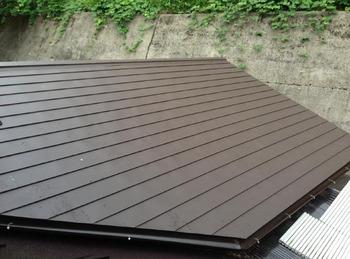 波トタン屋根から遮熱ガルバリウム銅板にリニューアル