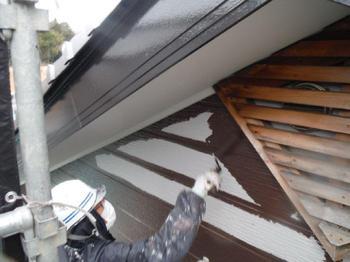 塗装と補修でバッチリ建物を保護させていただきました