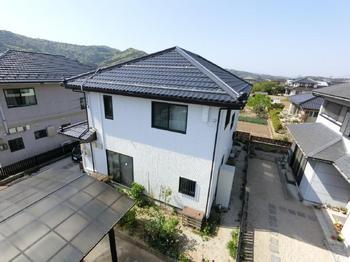 屋根はカバー工法★外壁も塗り替えおうちの雰囲気を一新!!
